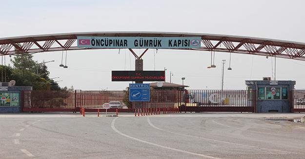 Suriye'deki çatışmalar nedeniyle Öncüpınar Sınır Kapısı'ndan geçişler durduruldu