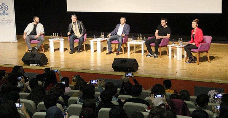 'Dağ 2' filmi oyuncuları, söyleşide seyircisiyle buluştu