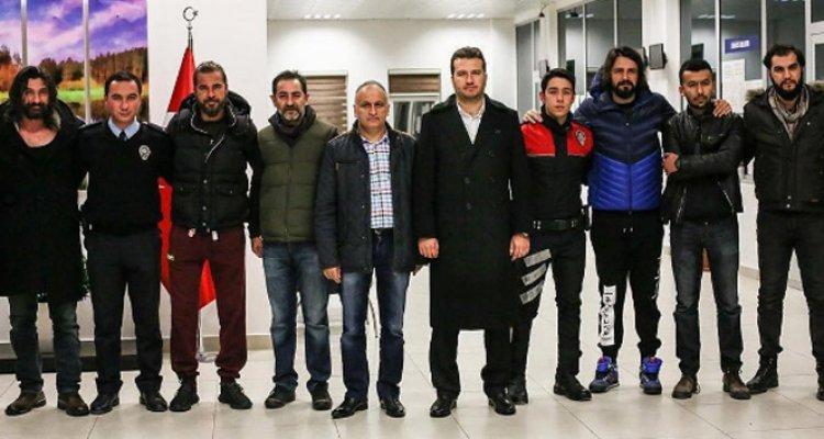 Diriliş Ertuğrul ekibi Beykoz İlçe Emniyet Müdürlüğünü Ziyaret Etti