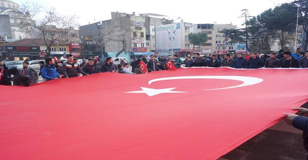 Orhangazi'de Binlerce Kişi Şehitler İçin Toplandı
