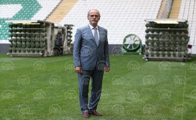 Bursaspor Stadına Hibrit Çim Ekimi Yapılmaya Başlandı