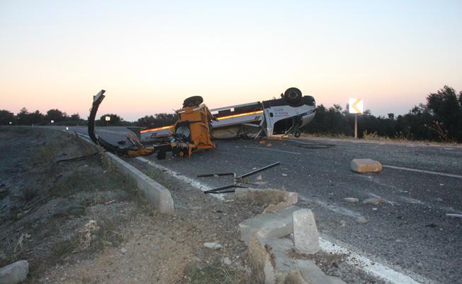 Kamyonetle Otomobil Çarpıştı : 4 Yaralı