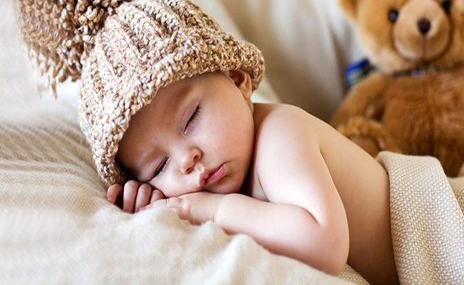 Bebeklerin Rahat Uyuması İçin Yapılması Gerekenler