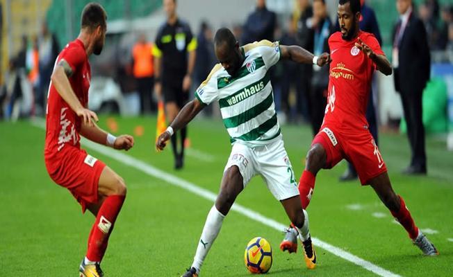Bursaspor Antalyaspor'u 4 Farkla Geçti