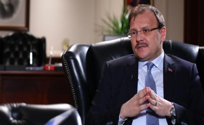 Hakan Çavuşoğlu'n'dan Gazetecilere Tebrik Mesajı