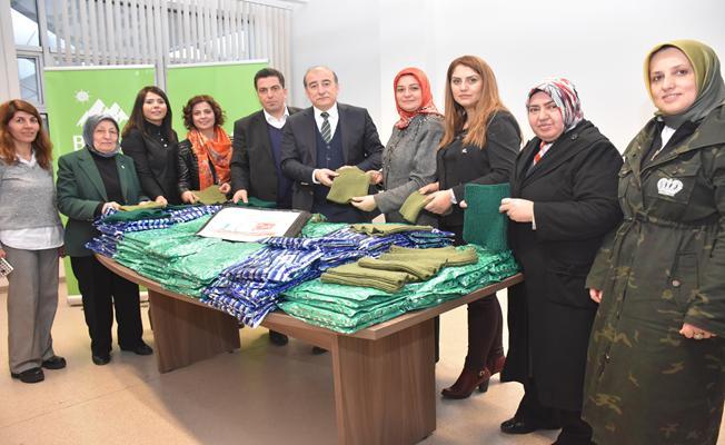 Kent Konseyi kadınlarından Mehmetçiği ısıtacak jest