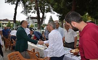 Mehmet Müezzinoğlu İznik'lilerle Biraraya Geldi
