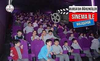 Bursa'da Öğrenciler Sinema İle Buluşuyor