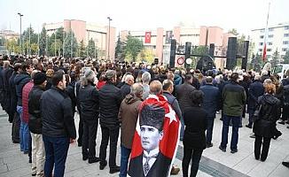 Ulu Önder Mustafa Kemal Atatürk Nilüfer'de özlemle anıldı