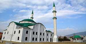 Akşemseddin Camii İbadete Açılmaya Hazırlanıyor