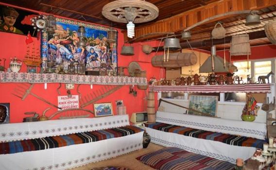 Kahvehanedeki Mini Müze