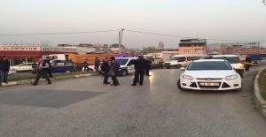 Bursa'da Polise Ateş Açtı, Silahla Vurularak Böyle Etkisiz Hale Getirildi