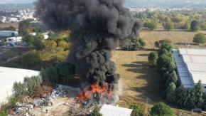Bursa Nilüfer'de Geri Dönüşüm Deposunda Yangın