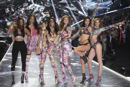 Victoria's Secret 2018 Defilesi
