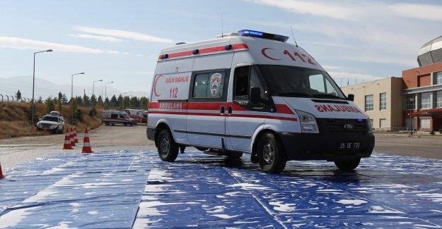 İznik'te Çıkan yangında iki kişi dumandan zehirlendi