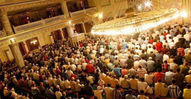 Mevlid Kandili nedir ? Mevlid Kandili duası var mı ? Mevlid Kandili'nde hangi ibadetler yapılmalıdır ?