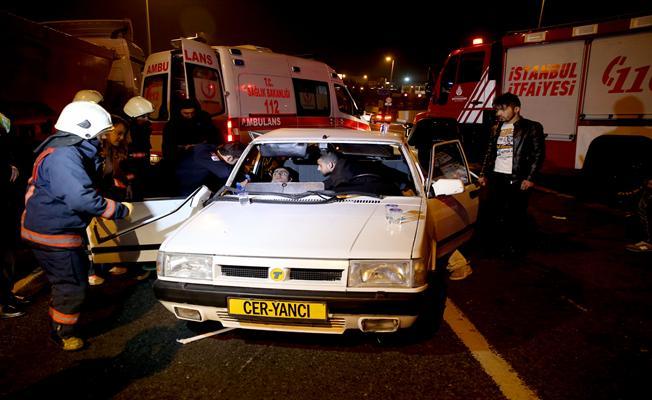 Fatih'te trafik kazası: 5 yaralı