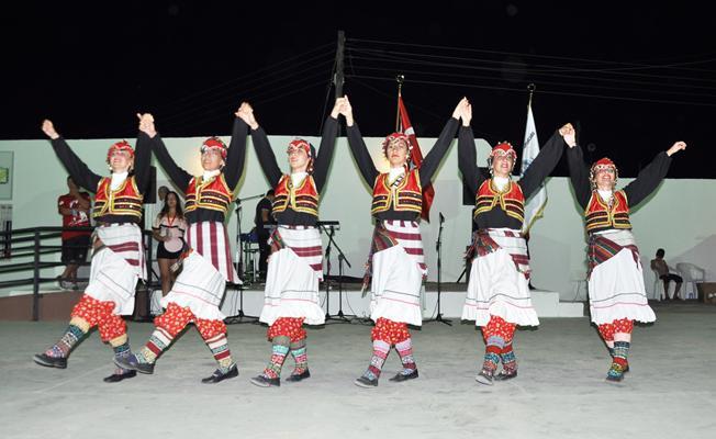 Beyarmudu Halk Dansları Festivali'ne Mudanya Damgası