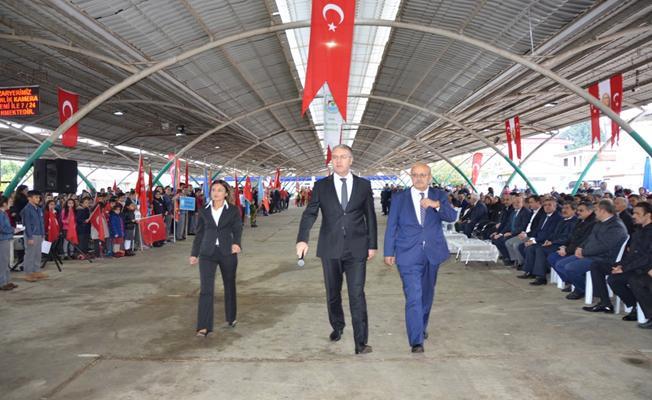 İznik'te Cumhuriyet'in 94. Yılı Kutlandı