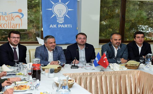 Başkan Aktaş, AK Partili gençlerle buluştu