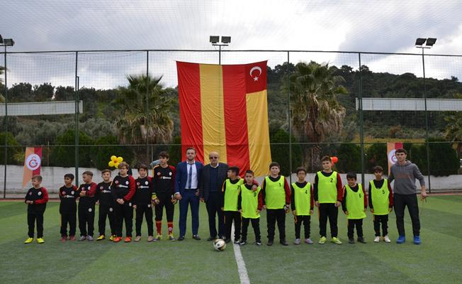 İznik'te Galatasaray Futbol Okulu Açıldı