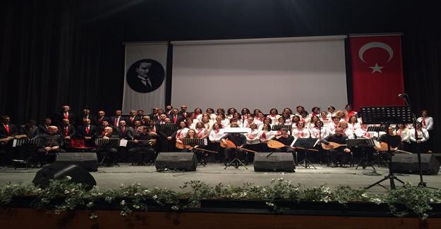 Nilüfer Belediyesi Türk Halk Müziği Korosu'ndan yeni yıl konseri