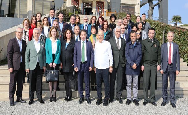 Nilüfer'de belediye ve kaymakamlık çalışanları buluştu