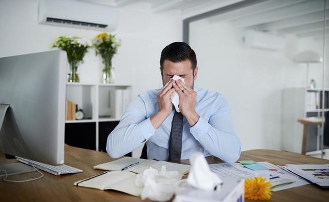 Ofiste Çalışanlar Gribal Enfeksiyonlara Daha Hızlı Yakalanıyorlar
