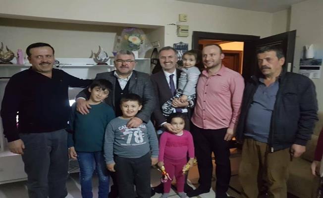 Afrin'den selam gönderen mehmetçiğin ailesini Başkan Taban ziyaret etti