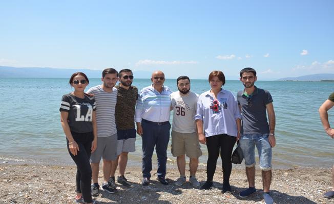 Gürcistanlı Tıp Öğrencileri Başkan Sargın'ı Ziyaret Etti