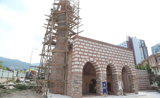 Kefensüzen Camii'nde son rötuşlar yapılıyor
