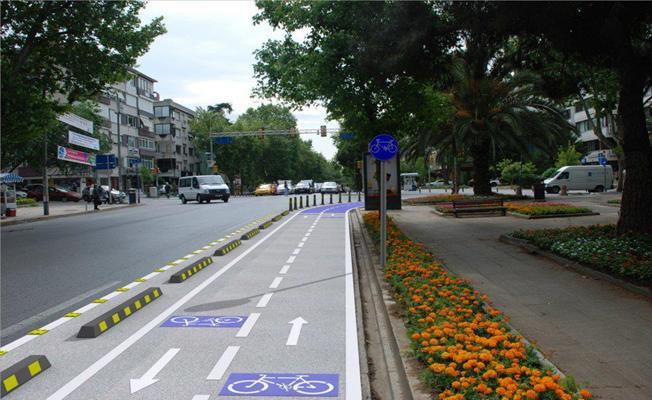 Orhaneli Kavşağı'ndan Uludağ Üniversitesi'ne Bisiklet Yolu