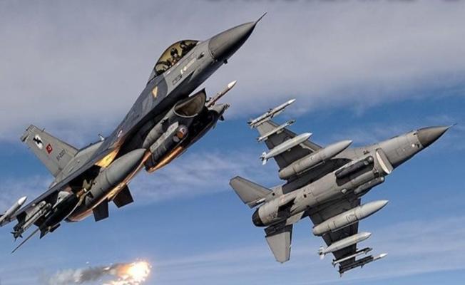 PKK'nın 3 Kampı Vuruldu! 19 Terörist Öldürüldü