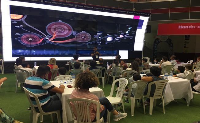 Bursa'da Aile boyu uzay macerası