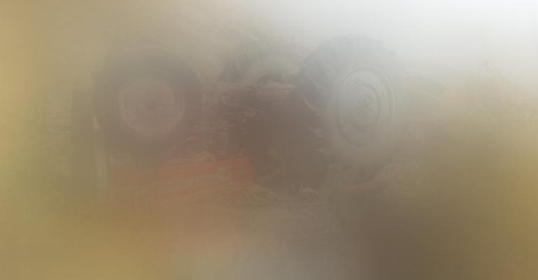 Bursa'da Baba Oğul Devrilen Traktör'ün Altında Kaldılar: 1 Ölü