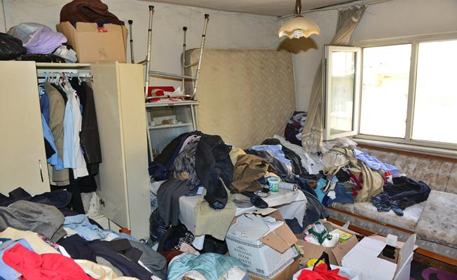 Bursa'da Çöp Ev Operasyonu! Tam 3 Ton Çöp Çıkartıldı