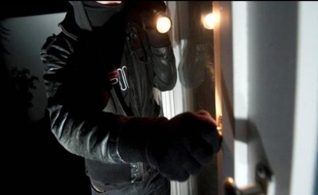 Bursa'da Vatandaşa Yaka Silktiren Hırsız Yakalandı