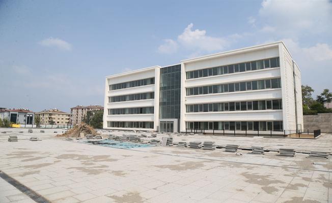 Bursa Merkez Anadolu İmam Hatip Lisesi Artık Daha Modern ve Daha Güvenli