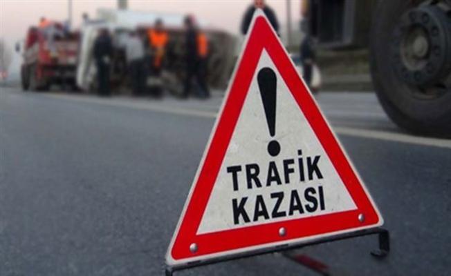 Bursa Orhangazi'de Minibüs Motorsiklete Çarptı: 1 Yaralı