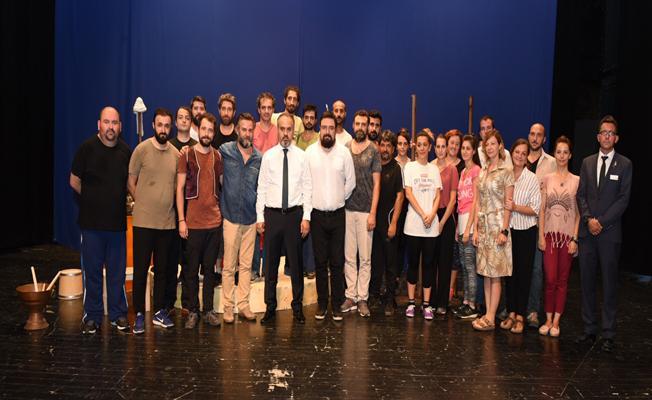 Bursa Şehir Tiyatrosu, yeni sezona gün sayıyor