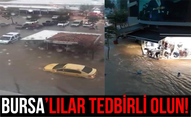 Bandırma'daki Yağış ve Sel Hayatı Durdurdu!
