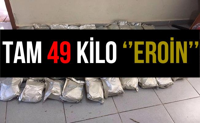 Van İpekyolu'nda Bir Minibüste 49 Kilo Eroin Yakalandı