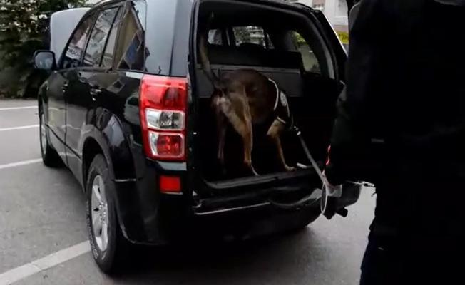 Bursa'da Durdurulan Araçtan 2 Kilo Uyuşturucu Çıktı!