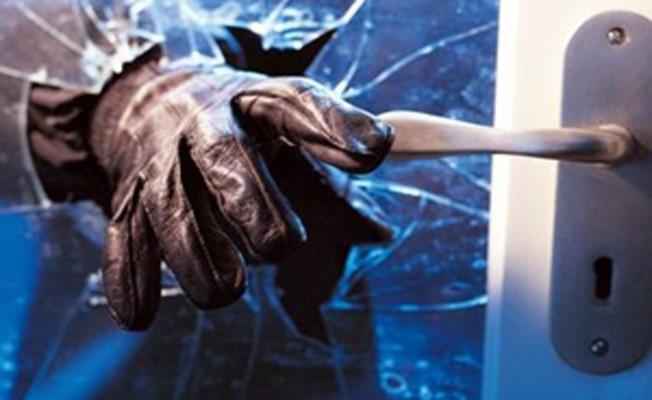Bursa'da Hırsızlar 100 Bin Liralık Elektronik Eşya Çaldılar!