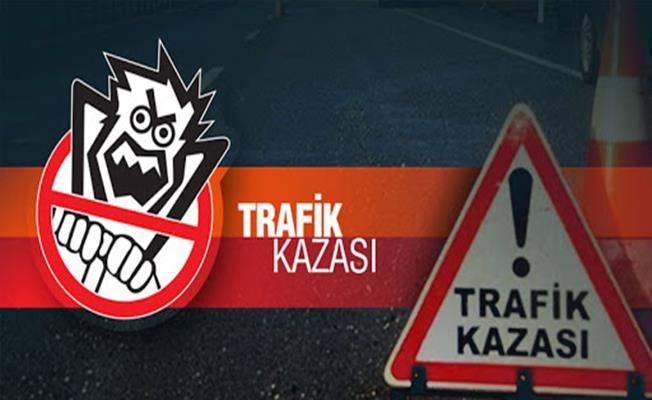 Bursa'da Otomobil İle Tır Kafa Kafaya Çarpıştı: 1 Ölü
