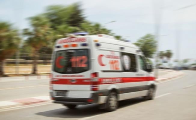 Samsun'da Dolmuş Şöförü Boynundan Bıçaklandı