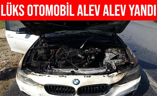 Antalya Manavgat'ta Seyir Halindeki Lüks Otomobil Yandı