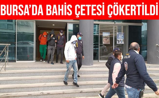 Bursa'da Park Polislerinin Dikkatiyle Bahis Çetesi Çökertildi