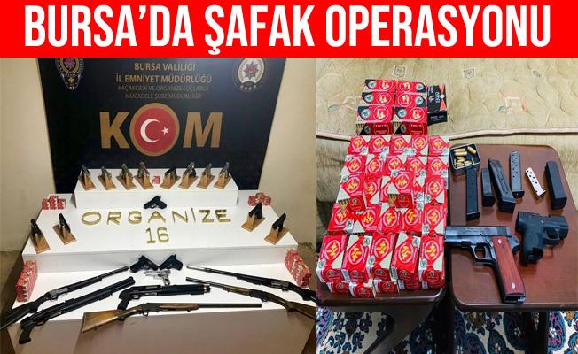 Bursa Polisi'nden Silah Tacirlerine Şafak Operasyonu