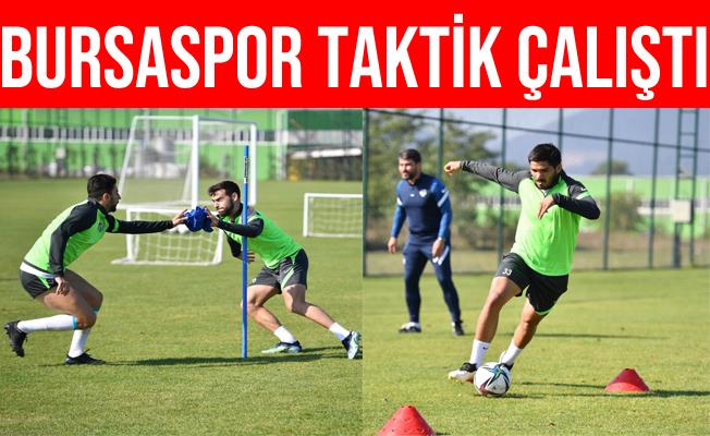 Bursaspor Kocaeli Kapında Taktik İdman Yaptı